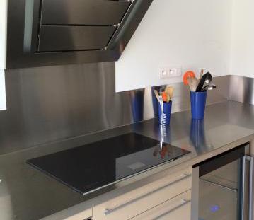PlakSteel - Arbeitsplatte aus Edelstahl für die Küche - die ... | {Edelstahl arbeitsplatte nach maß 28}